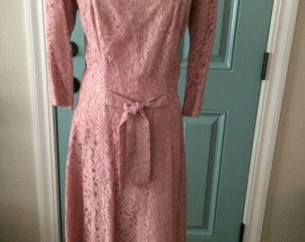 1950's Suzy Perette pink lace cocktail party dress