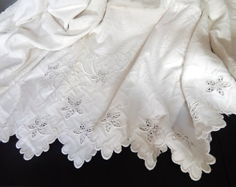 Large Vintage French Coverlet /  White French Pique Bedcover with Embroidered Scallops