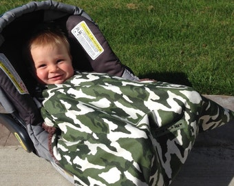 Infant carrier blanket, car seat cover, car seat blanket, Camo Snug L Bee, baby carrier blanket, infant seat blanket, winter baby, baby gift