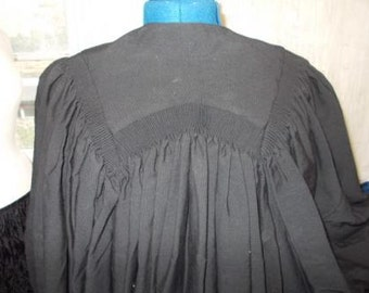 Academic or Legal gown - all wool