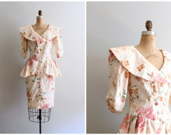 pale apricot 80s floral print dress - platter collar dress / vintage 80s peplum dress - peach cotton wiggle dress / 80s summer party dress