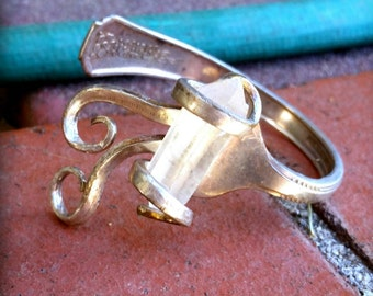 Vintage silver fork bracelet - clutching raw quartz stone- antique -boho - chic -gypsy