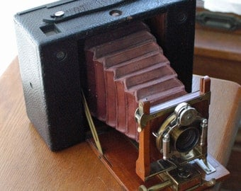 No. 4 Cartridge Kodak Red Bellows folding camera for 5x4 Inch Images on 104 Roll Film - Early Version with Wooden Front
