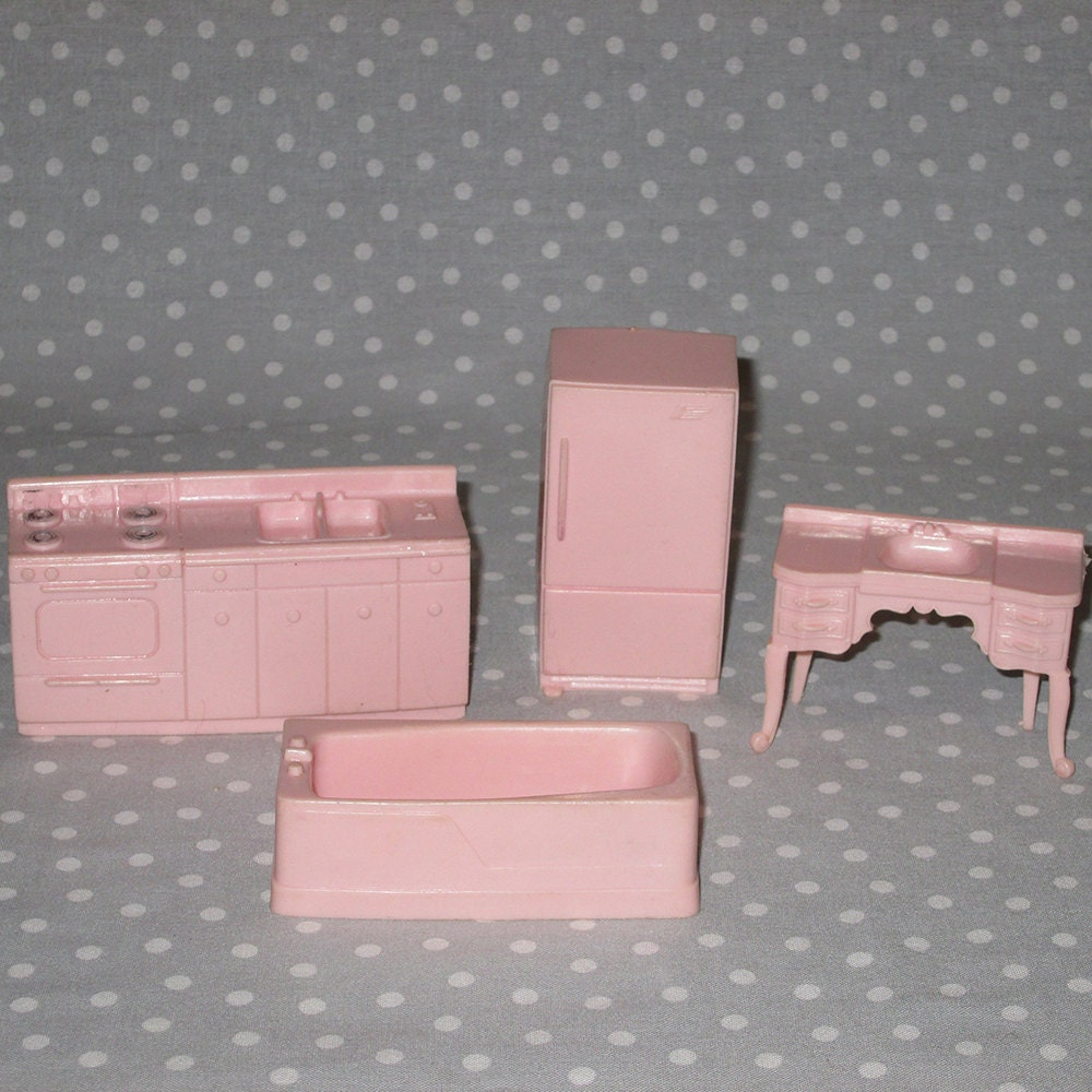 Plastic Vintage Doll House Furniture 4 Pcs Miniature Kitchen