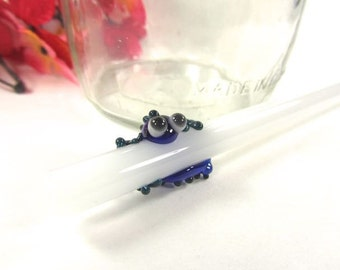 Blue and Teal Gecko Lizard on a White Glass Drinking Straw- 8 inches long, 9mm Straight Glass Straw