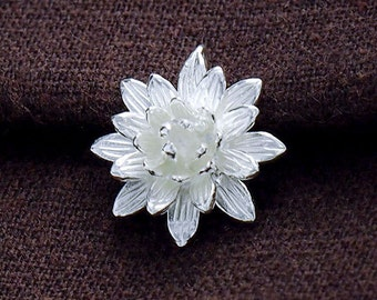 1 of 925 Sterling Silver Lotus Flower Pendant 17mm.  :th2392