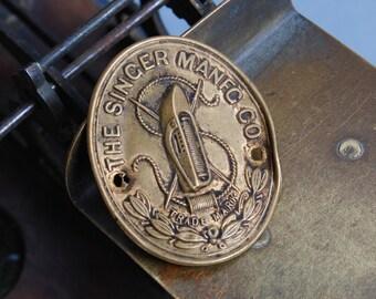 Vintage SINGER Sewing Machine label plate 1900s.