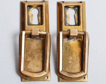 Set of 2 Antique key hole escutcheons with drawer pull handles. Art Deco 1920-1930