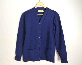 RESERVED for Lisa /////// vintage 40s 50s Dark navy Blue Wool Sweater Utah Woolen Mills Cardigan Sweater Boyfriend Cardigan // unisex small