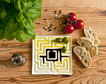 Olive Oil Bread Dipping Plate, Olive Oil Plate, Decorative Plate, Ceramic Plate with Maze