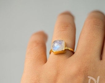 SALE - Rainbow Moonstone Ring - June Birthstone Ring - Solitaire Ring - Stacking Ring - Gold Ring- Cushion Cut Ring