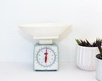 Vintage Kitchen Scales, Hanson Scale, Baby Blue, 10 Pound Capacity, Retro Kitchen