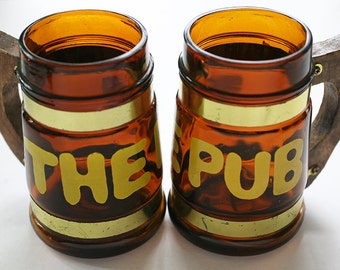 The Pub Mugs, Bar Mugs With Wooden Handles, Vintage Mug Set, 1970s Bar, Mug With Wooden Handle