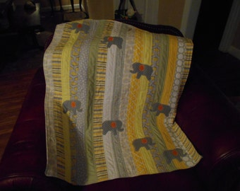 elephant quilt, Gender neutral baby quilt, baby quilt, 32x41, yellow and grey, elephants, elephant baby quilt