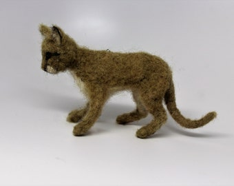 needle felted mountain lion couger