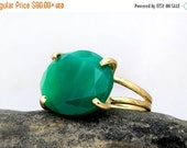 large statement ring,green onyx ring,oval stone ring,cocktail ring,gold ring,gemstone ring,double band ring
