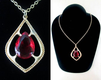Sarah Coventry Red Glass Teardrop Necklace // January Birthstone Valentine's Day Gift for Her