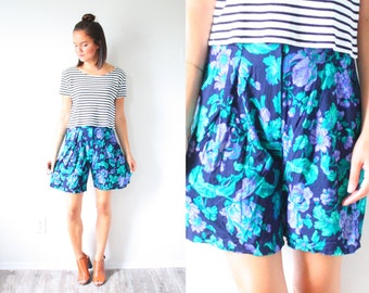 Vintage blue purple floral high wasted shorts // XS SMALL // Blue floral // leaf boho // Mod long shorts / hippie retro summer spring shorts