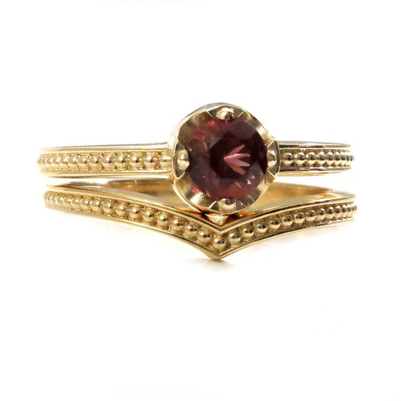 Dark Pink Oregon Sunstone Simple Engagement Ring Set with Millgrain Bands