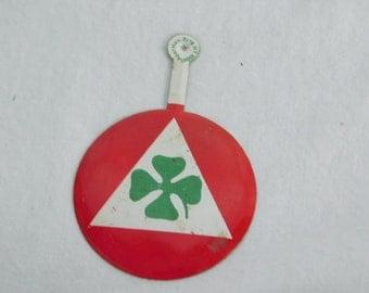 Rare Vintage Alfa Romero Quadrifoglio Racing Symbol Tin Button Pin   DR11