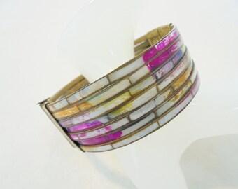 Vintage Brass / Dyed Shell Bangle Bracelet Pin Closure Large Chunky Boho Art Deco Statement Runway