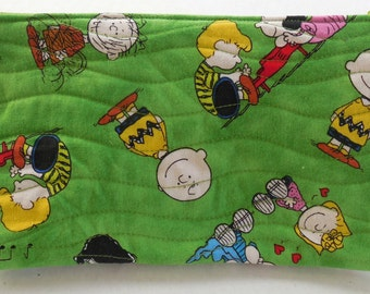 Peanuts Zippered Bag- Free Shipping to US and Canada