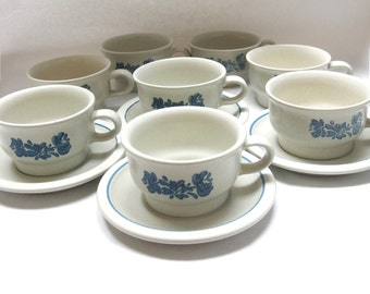 Pfaltzgraff Yorktowne Eight Cup and Four Saucer Set of 12