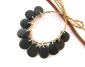 Stone Beads Top Drilled Rock Beads Diy Jewelry Making Mediterranean Beach Stone Charms Natural Stone Beads Rock Pairs BLACK CHARMS 15-17 mm