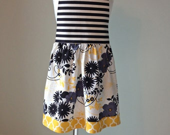 Girls Apron/Craft Wear/Kitchen Wear/ON SALE
