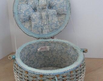 Vintage Retro sewing basket Dritz 1950s