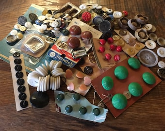Buttons Grandma's Vintage Craft  lot 259