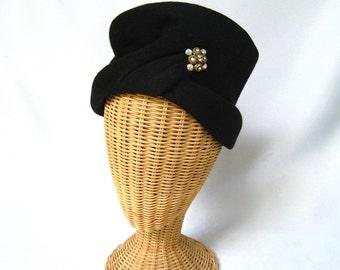 Vintage Ladies Hat Black Fur Felt Toque Coralie