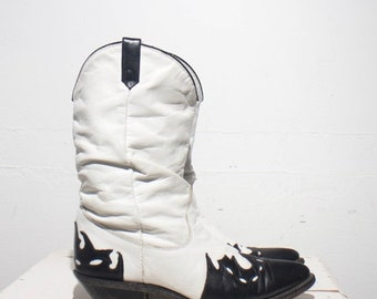 Make An Offer 7.5 M | Women's White & Black Wingtip Slouch Western Boots