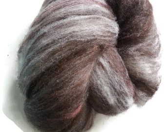 Pure Jacob Sheep. fibre, fiber, hand spinning batt, batt, spinning fibre, felting fibre, spinning fiber, felting fiber. British wool, carded