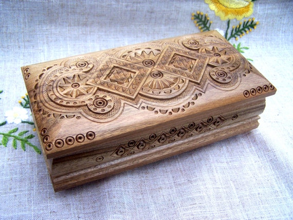 Jewelry box Wooden box Ring box gift Carved wood box Wedding gift Wood boxes Jewellery box Jewelry boxes Wood carving Cigar capacity B10