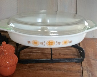 Vintage Pyrex Town and Country Divided Dish / Casserole Dish / Atumn Table