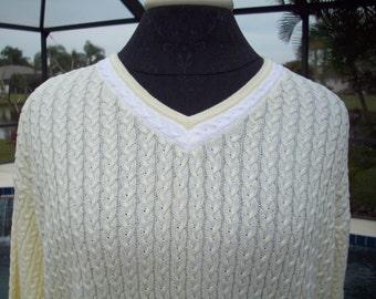 Bobby Jones paleYellow and White VNeck Sweater, M
