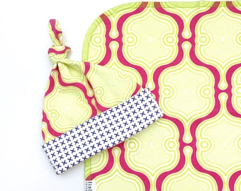 Marra Moro Organic Cotton Swaddle Blanket, Pink Geometric Newborn Baby Blanket and Hat, Nursing Cover, Stroller Blanket, Baby Shower Gift