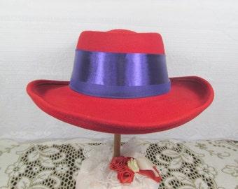 Red Hat in Felt Cowboy Style 100% Wool