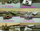 30PCS-  Camera Pendant  Antique Bronze/ Antique Silver Enamel  3D Camera Pendant