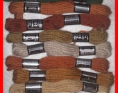 DMC Tapestry WOOL Laine Pull Skeins 10 Colors