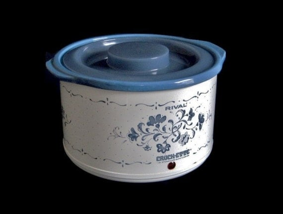 Rival Crockette Small 1 Qt Crockpot Model 3205 Slow Cooker Vintage 1990s Made in USA Blue Flowers