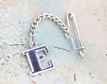 Letter E Vintage pin - Initial Brooch