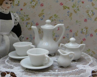 Vintage dollhouse larger scale coffee service