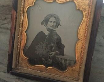 Antique Victorian Gutta Percha Tin Type Photo Leather frane case