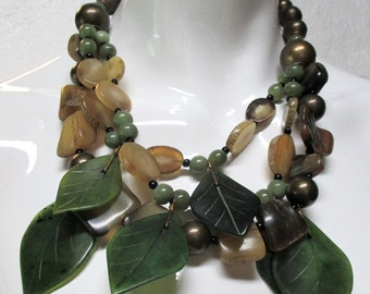 Vintage LES BERNARD Lucite Leaf Necklace