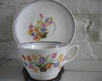 Vintage Salem Teacups Set of Six-Tulips In Basket-Century-SLM402