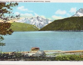 Redfish Lake, Sawtooth Mountains, Idaho - Linen Postcard - Unused (B1)