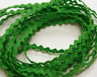 "11/64"" Polyester Rick Rack - Lime Green"