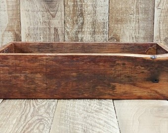 Reclaimed wood crate box-Shabby chic-Cottage-Rustic-Stained or Whitewashed-Color Choices!Great for mason jar vases,plant pots,centerpiece...